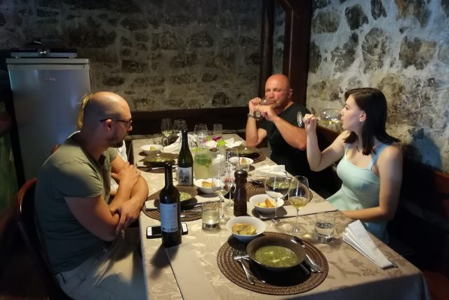 rabbit hill experience authentic food slovenia